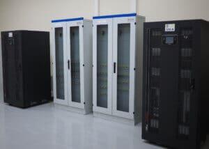 Cuadros y Sai Sevilla Datacenter
